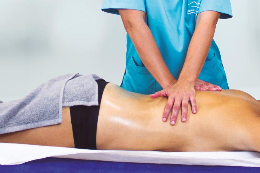 CLINICA-MG-Fisioestetica-manos-espalda